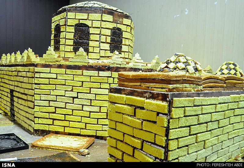 بزرگترین کیک زعفرانی ایران